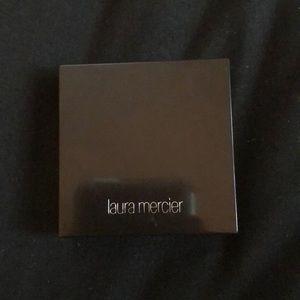 laura mercier matte radiance backed powder
